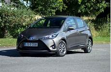 review the toyota yaris hybrid is a one of a small
