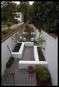 Schmaler Garten Gestalten - narrow garden with different points of interest