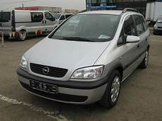 2002 Opel Zafira Pictures