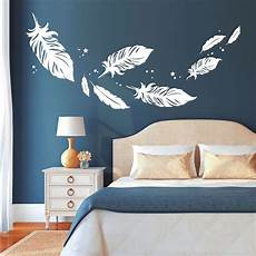 schlafzimmer wandtattoo d 233 tails sur mural plumes pour r 234 ver belle 11188 chambre