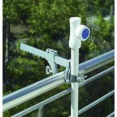 attache parasol pour balcon pied de parasol pince balcon schneider leroy merlin