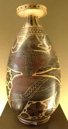 antico vaso a due anse alabastron