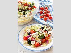 simple greek salad dressing_image