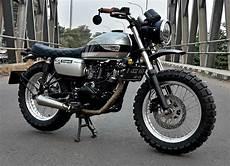 Kawasaki W175 Modif by Kawasaki W175 Scrambler By Insan Motor Bekasi Bikebound
