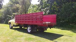 1968 Ford F600  Completely Original And Like New Throughout