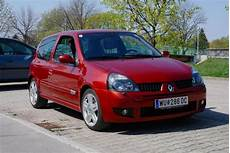 renault clio ii 1 5 dci 2 photos and 84 specs