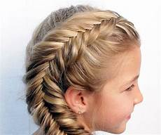 easy ways to do hairstyles 7 easy ways to do your hair for sports