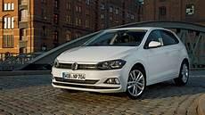 Volkswagen Polo Comfortline Business N 243 G Completer Voor