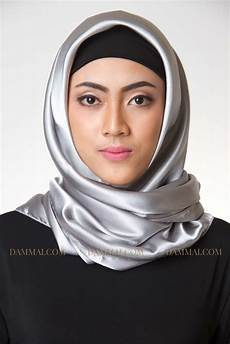 Silver Jilbab Segi Empat Dammai