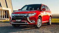 news mitsubishi updates outlander phev for 2020 bigger