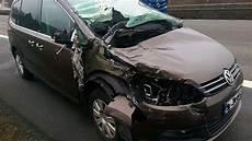 auto bebra autofahrer rast unter kleinlaster rotenburg bebra