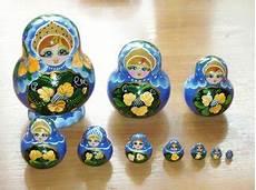 russische puppen ineinander mein kiew eine matrjoschka ist keine babuschka
