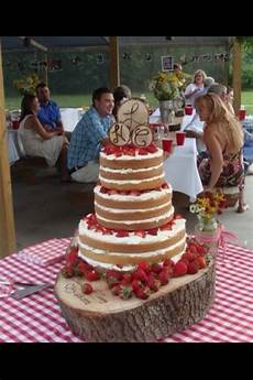 strawberry shortcake wedding cake i like this idea for a vows renewal partyfavors