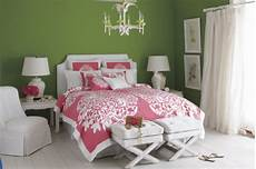 Bedroom Ideas Green And Pink by Benjamin Bunker Hill Green Interiors By Color 6