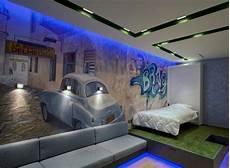 Wandgestaltung Jugendzimmer Junge Wandmalerei Blaue Led