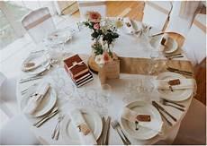 exemple de décoration de table mariage 5 conseils pour placer ses invit 233 s 224 table pour le repas