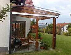 schiebetür glas terrasse pergolas mit windschutz aus glas und gro 223 er schiebet 252 re