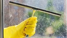 Fenster Streifenfrei Putzen Mit Dem Richtigen Material