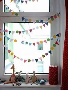 Kinderzimmerdeko Fenster Karneval Bunt Bastelideen Diy