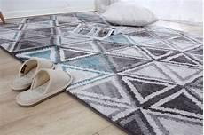 come pulire i tappeti in casa come pulire i tappeti in casa consigli e rimedi fai da te