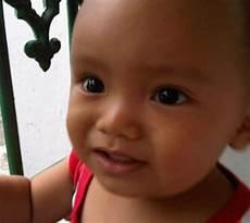 Foto Mimik Wajah Anak Kecil Saat Akan Menangis