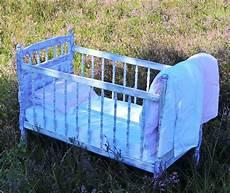 baby von sofa betten vintage baby bett wiege shabby romantisch ein