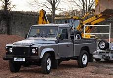 land rover defender up occasion prix occasion land rover defender 110 up 2 4 td4 122