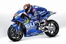 Racing Caf 232 Suzuki Gsx Rr Team Suzuki Ecstar Motogp 2019