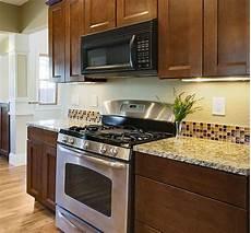 finding the backsplash for your kitchen