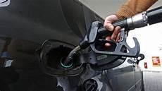 Jede Vierte Tankstelle Ohne Personal Deimelbauer News