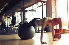 abnehmen mit pilates kalorienverbrauch pilates gesunder workout schnell