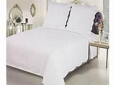 jeté de lit boutis boutis pas cher couvre lit boutis pas cher couvre lit