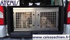 caisse a chien pour 4x4 5 caisse 224 chien inclin 233 e berlingo teppe kangoo caisses 224 chiens atemis caisse a chien