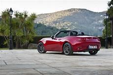 la meilleure voiture du monde la mazda mx 5 233 lue meilleure voiture du monde de l 233 e 2016
