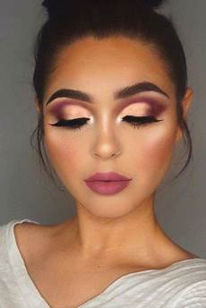 15 ideas de maquillaje de ojos morenas