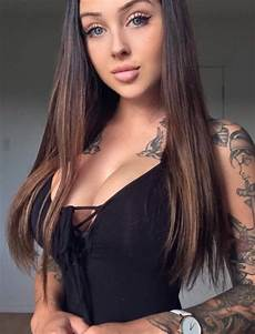 sexy girls with tattoos barnorama