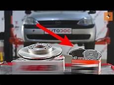 i q t wie opel corsa c bremsscheiben vorne bremsbel 228 ge vorne wechseln tutorial autodoc