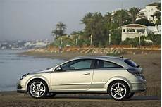 opel astra h 2 0 turbo tuning opel astra gtc 2 0 turbo 1 photo and 85 specs