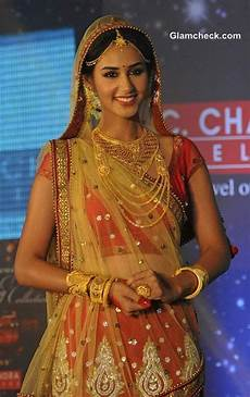 hasleen kaur appointed brand ambassador for pc chandra jewellers bridal makeup