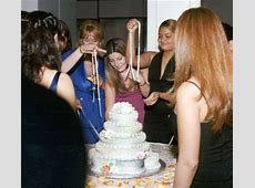 Why are there ribbons in a Cuban wedding cake?   Three