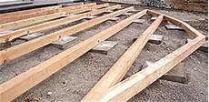 bau einer holzterrasse lertsd 246 rfer landschaftsbau terrassen wege