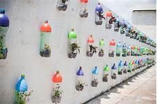 basteln mit flaschen basteln mit pet flaschen kreative wohnideen aus