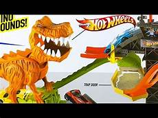 wheels t rex takedown with 18 wheels cars included