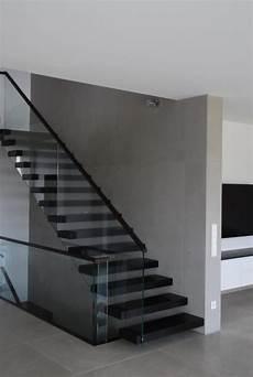 treppenhaus gestalten wände betonoptik als wandgestaltung der gestaltungsmaler