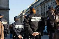 quel bac pour devenir journaliste quel bac pour etre policier