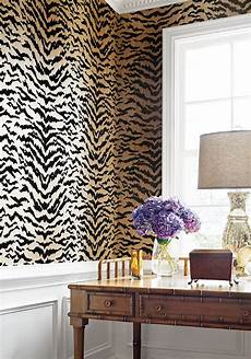 amazing animal print wallpaper ideas beautiful homes and interior decorating animal print