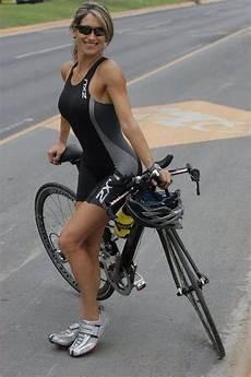 fahrrad für frauen die besten 25 frauen fahrradfahren ideen auf