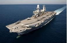 le portaerei italiane la portaerei cavour arriva a genova ecco come fare per