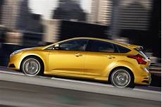 un 2013 ford focus st us prix fuite commence 224 partir de