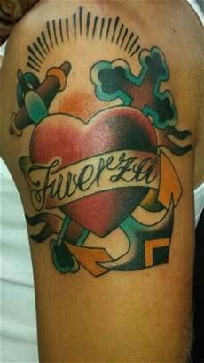 Tattoos Zum Stichwort Kreuz Bewertung De Lass